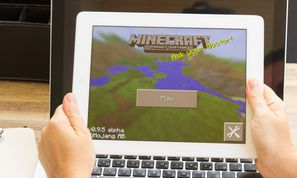 Hard drive borking malware found lurking behind Minecraft skins (Malware and Vulnerabilities)