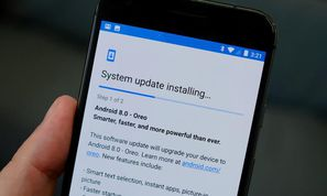 Android lockdown: Google urges phone makers to support