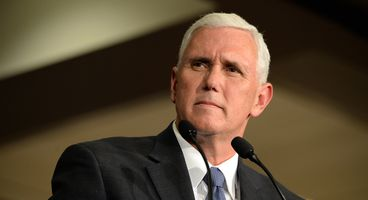 Mike Pence Brings up Cyber War During Debate, Pivots to Clinton's Emails