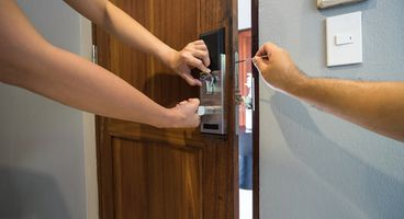 Smart lock can be hacked 'in seconds'