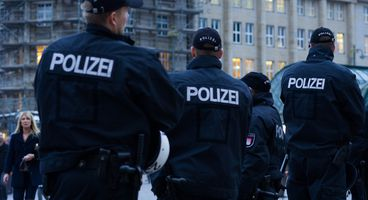 German Police Search Flat of 19-Year-Old Man After Data Breach: Rbb - Cyber security news