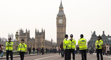 Police raids target 'hundreds of UK web attackers' - Cyber security news