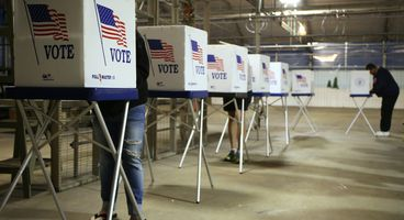 Chicago voters get free anti-fraud services after information published online
