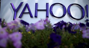 Yahoo and AOL just gave themselves the right to read your emails (again)