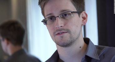 Snowden ribs WH over security clearance backlog