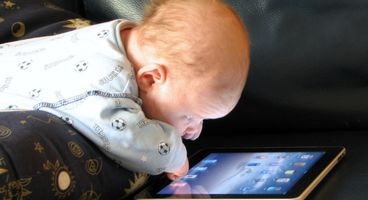 3 essential tech safety tips for parents and their kids