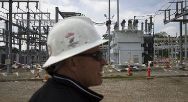 White House expands power grid war to include banks, Wall Street and telecom companies