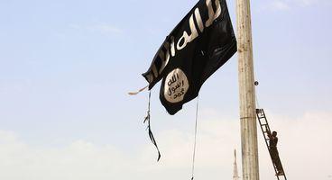 Cracks Appear In ISIS Online Caliphate
