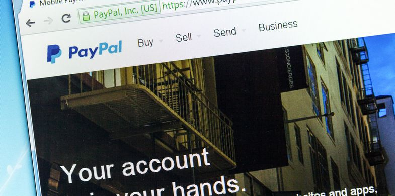PayPal phishing scam posted as a promoted tweet on Twitter