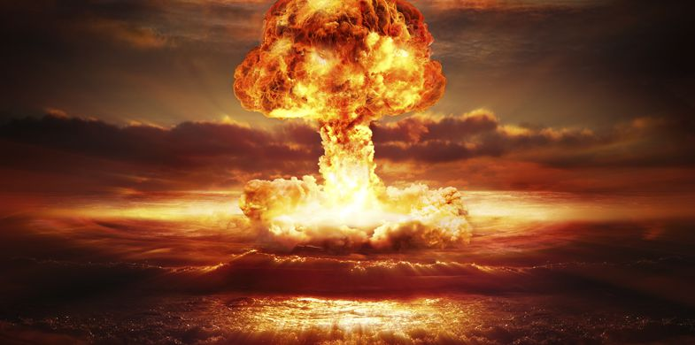 Hydrogen Bomb Exploding Atomic Bomb  Nuclear Weapon War Radioactive Contamination Nuclear Weapons Testing Fire - Natural Phenomenon Cloud - Sky Hydrogen Judgment Day - Apocalypse Fireball Sea Backgrounds Weapon Concepts & Topics Concepts Destruction Danger Demolished Environmental Damage Horizontal Pollution Red Yellow Wave Accidents and Disasters