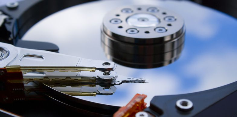drive,hard,disk,computer,close up,data storage,hard disk,hard drive,head stack,parts,reflection,storage devices,technology