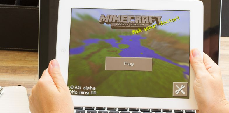 minecraft, ipad, game, network, icons, display, white, media, business, new, tablet, illustrative, internet, app, social, playing, adaptive, digital, editorial, technology, touch, computer, modern, icon, lifestyle, mobile, web, design, smart, apple, background, device, message, screen, hand, communication