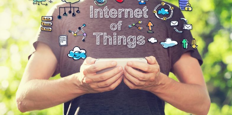 internet,thing,iot,cloud,concept,outside,smartphone,holding,his,young,park,green,smart,web,man,phone,business,cartoon,casual,cellphone,colorful,computer,computing,connect,connection,content,creativity,data,database,drawing,hand,idea,illustration,many,mobile,network,of,outdoor,pc,people,sketch,small,storage,strategy,summer,sunset,tech,technology,text,things