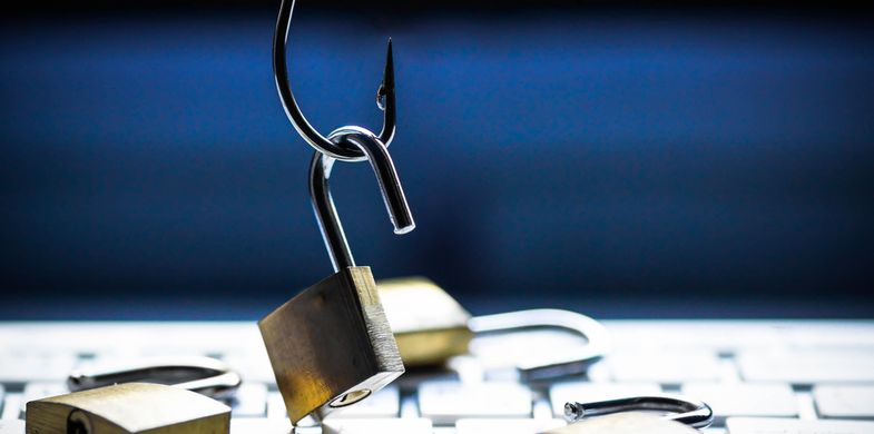 More than 3000 websites hacked to steal 2.7 billion email addresses and passwords