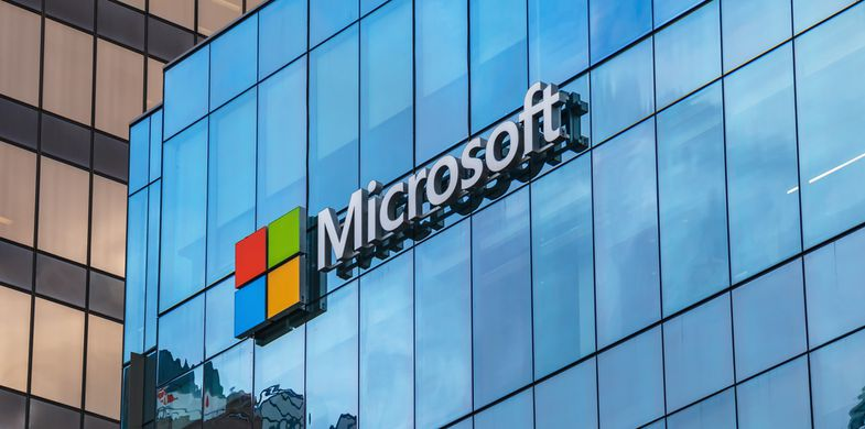 Microsoft warns about malspam campaign targeting European users with backdoor trojan